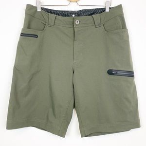 Lululemon | Mens Olive Green Golf Shorts 38